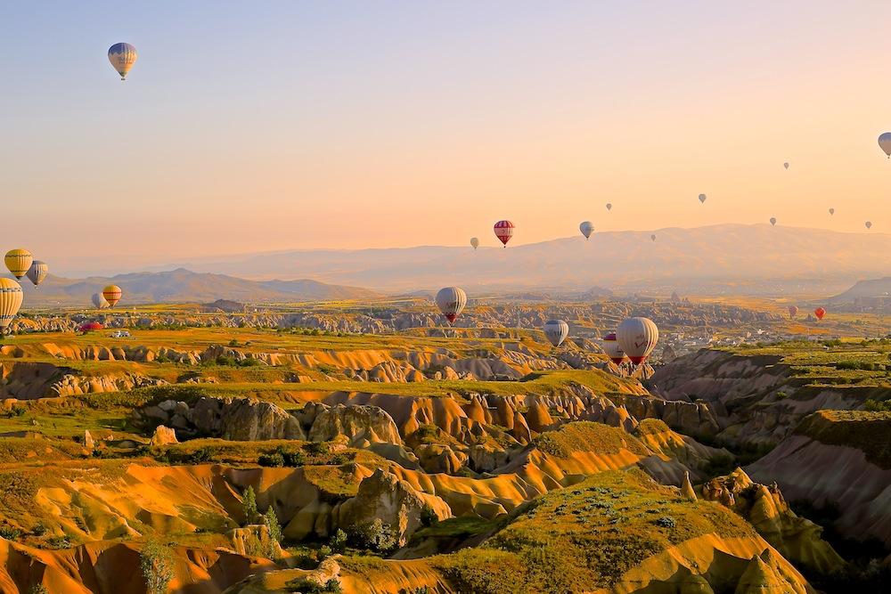 hotairballoons_unsplash